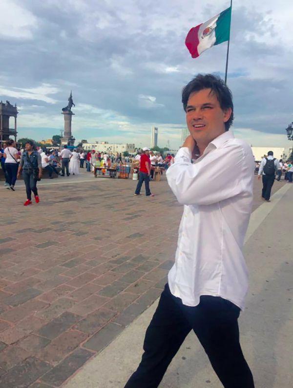 """""""Pato"""" Zambrano, un ex participante del reality show """"Big Brother"""" (Gran Hermano) que se postula para Presidente"""