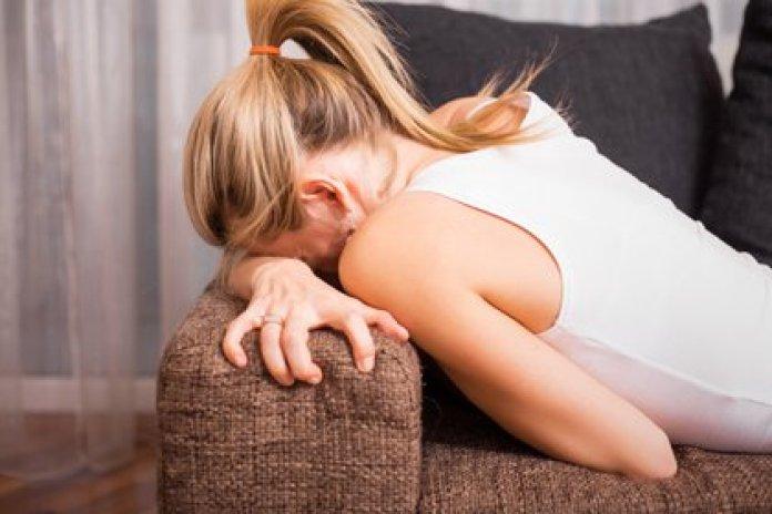 Se considera que los pacientes femeninos tienen más dolor porque a menudo informan y muestran su dolor con más libertad que los pacientes