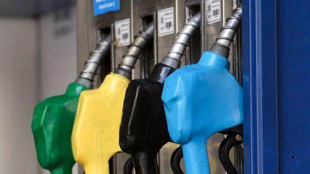 Del aumento previsto, parte corresponde a una nueva suba de impuestos dispuesta ayer por decreto y de otro incremento en el costo de los biocombustibles