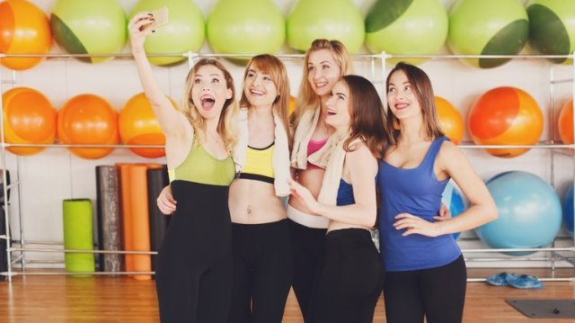 Entre los millennials, que tienen una incidencia muy alta de cáncer de colon, el ejercicio y la dieta son claves para cuidar la salud digestiva. (iStock)