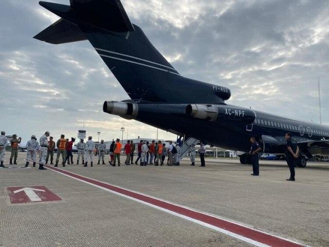 El primer vuelo devolvió a 110 originarios de Honduras a su país natal (Foto: Gobierno de México)