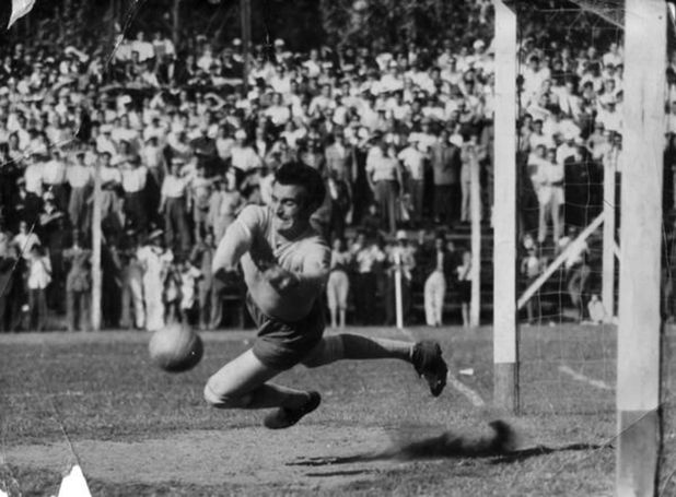 Amadeo Carrizo en acción (River Plate)