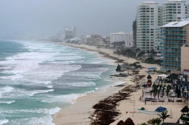 La tormenta subtropical Alberto tocó tierra en Florida (REUTERS/Israel Leal)