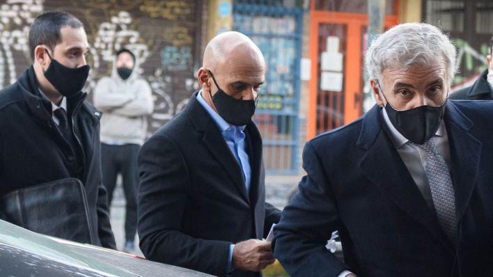 Gustavo Arribas entrando a declarar a los tribunales de Lomas de Zamora 1
