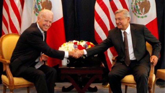 Joseph Biden y AMLO en el encuentro que tuvieron en 2012 (Foto: Cuartoscuro)