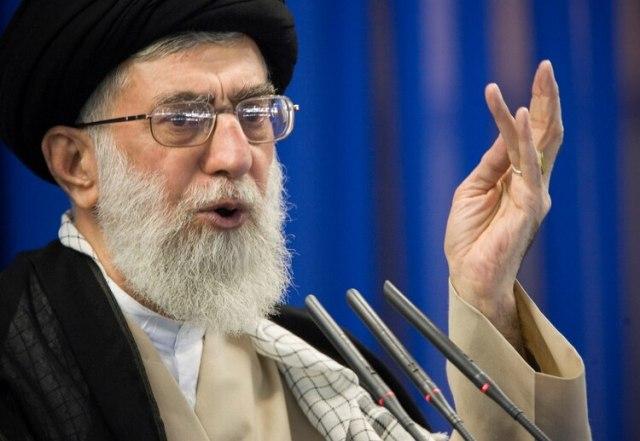 Ayatollah Ali Khamenei. Foto: REUTERS/Morteza Nikoubazl