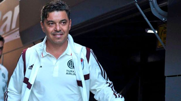 Marcelo Gallardo, admirado por Otamendi (@RiverPlate)