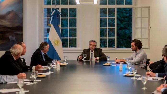 Alberto Fernández en su reunión con la cúpula de la Unión Industrial Argentina