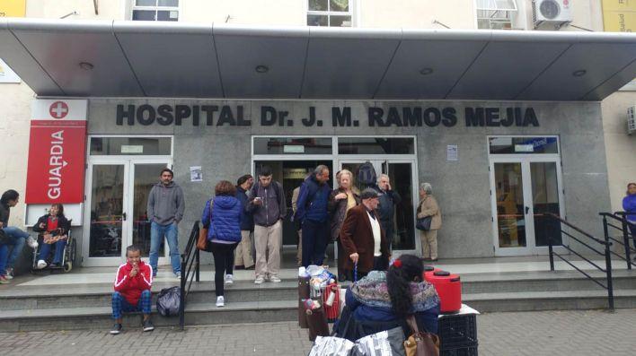 El Ramos Mejía tuvo al menos tres casos positivos entre las enfermeras (Franco Fafassuli)