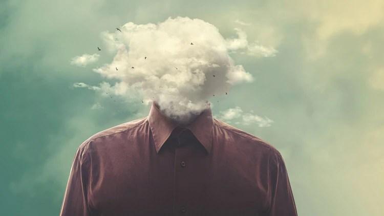 Las mujeres son más propensas a experimentar el burnout (13% vs. 7% en hombres) (Shutterstock)