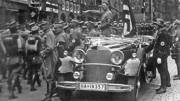 El Mercedes-Benz Grosser 770K model 150 Offener Tourenwagen del dictador Adolf Hitler