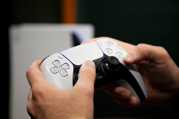El control DualSense es una de las novedades más importantes de PlayStation para la nueva generación. Foto: Santiago Saferstein