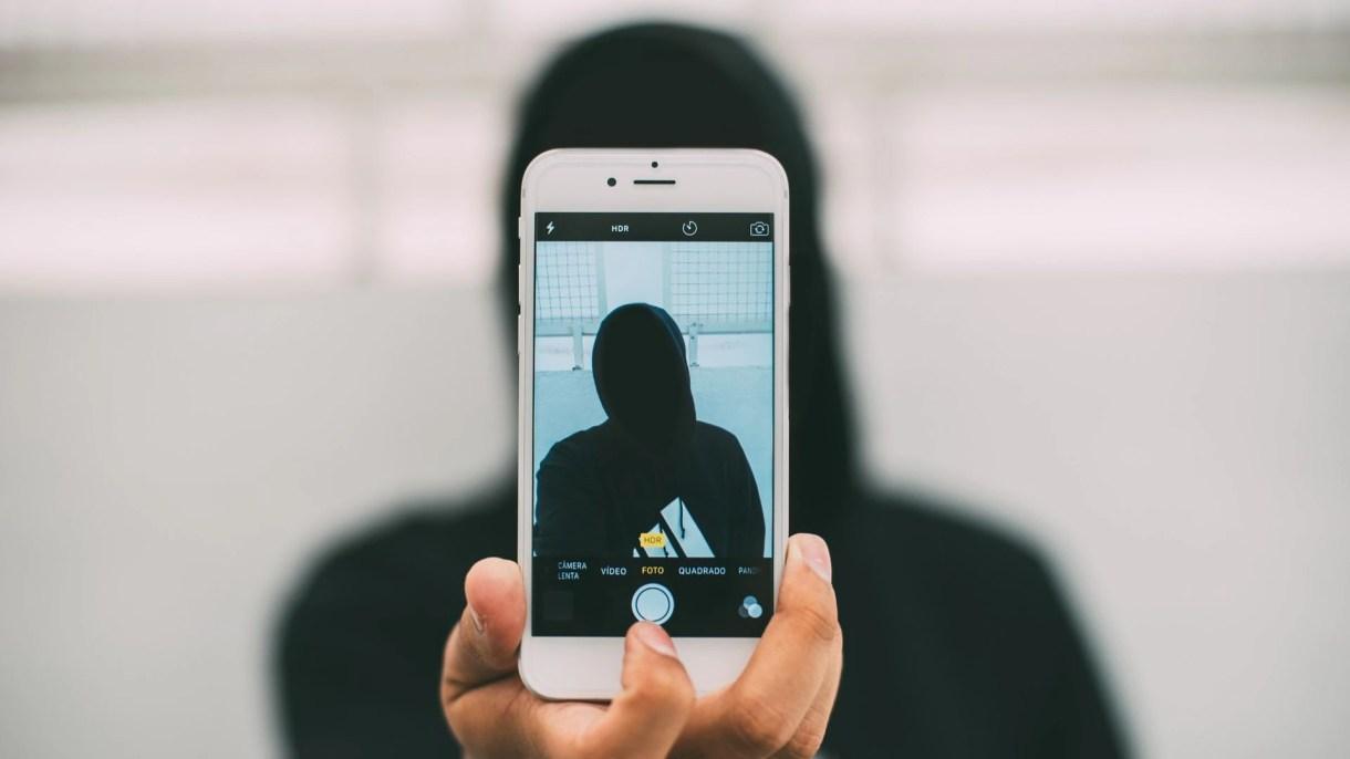 Investigadores de la Universidad de Ciencia y Tecnología de Noruega se encuentran desarrollando en un proyecto llamado Deep Privacy cuyo objetivo será mejorar el anonimato facial para las personas que quieran denunciar delitos. (Foto: Pixabay)