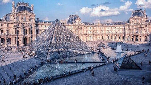 """El Louvre de París,el museo más visitado de la """"ciudad de las luces"""""""