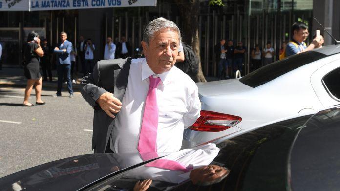 El ex presidente Duhalde pidió la ciudadanía como homenaje a sus abuelos. (Maximiliano Luna)
