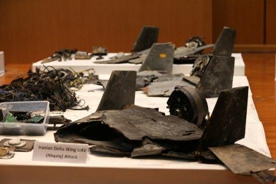 Los restos de los misiles que el gobierno saudí dice que fueron usados para atacar una instalación petrolera de Aramco, se exhiben durante una conferencia de prensa en Riad, Arabia Saudita, el 18 de septiembre de 2019. REUTERS/Hamad I Mohammed
