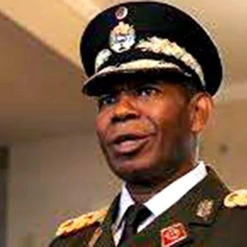 El general Cristopher Figuera huyó en la madrugada del 30A hacia Colombia