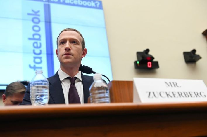 Un informante dijo que otras plataformas como eBay, Alibaba, Craiglist, y Google, acordaron trabajar con una compañía de seguridad para tumbar la venta ilegal de drogas. Sin embargo, Facebook se rehusó a tomar acción en su plataforma y en Instagram (Foto: Reuters/Erin Scott/Archivo)