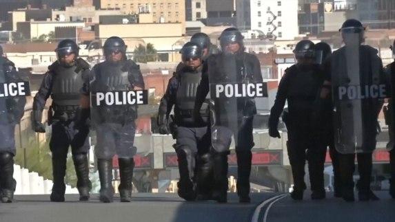 Trump aseguró que el muro que se está construyendo le será de mucha ayuda a la Policía fronteriza y al ICE (Foto: Archivo)