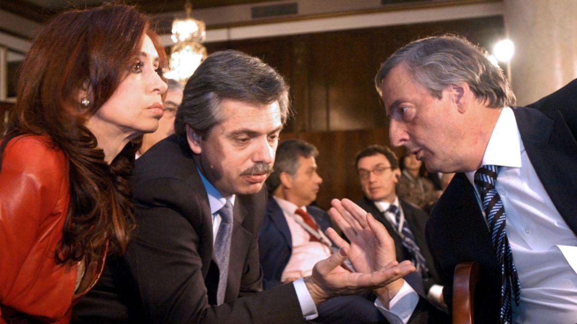 Alberto Fernández junto a Néstor y Cristina Kirchner