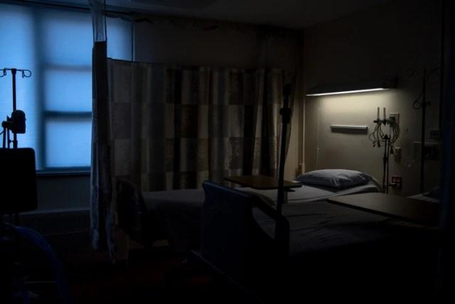 """El anciano hospitalizado en Monte Sinaí, Nueva York, murió después de noventa días de hospitalización, pero """"C. auris"""" subsistió. Foto: Hilary Swift para The New York Times"""
