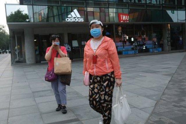 Tienda Adidas en Beijing. REUTERS/Tingshu Wang