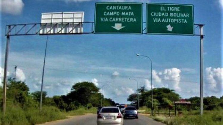 Vía que conduce a Cantaura y El Tigre