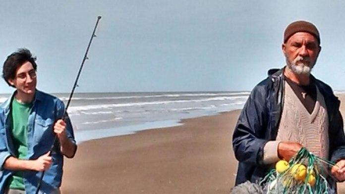 """Darío Grandinetti junto a su hijo Juan en su nueva película """"Pescador"""""""