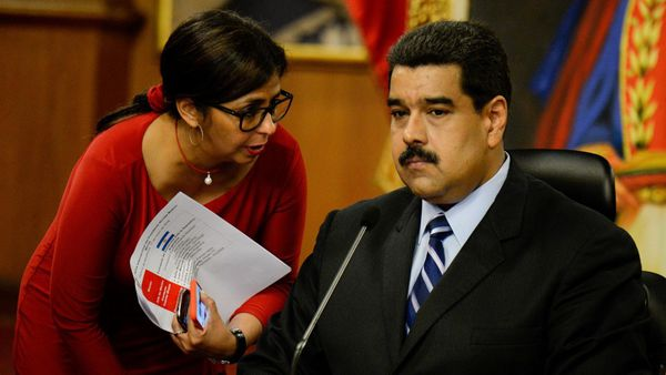 La canciller venezolana, Delcy Rodríguez; y el presidente Nicolás Maduro (AFP)