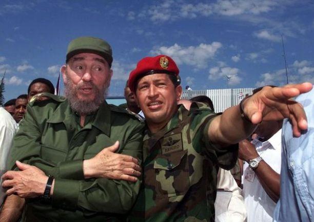 Fidel Castro y Hugo Chávez dirigieron los hilos de la izquierda socialista en la última década (AP)