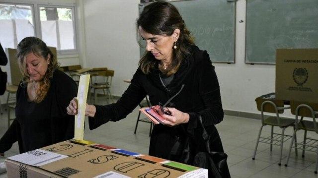 María Eugenia Bielsa perdió ante Omar Perotti en la interna peronista (Twitter: @ConLaGenteRos)