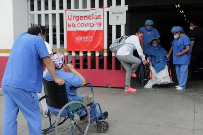 En camas de hospitalización general de la red IRAG, existen 14,789  disponibles y 11,834 (44%) ocupadas (Foto: Reuters)
