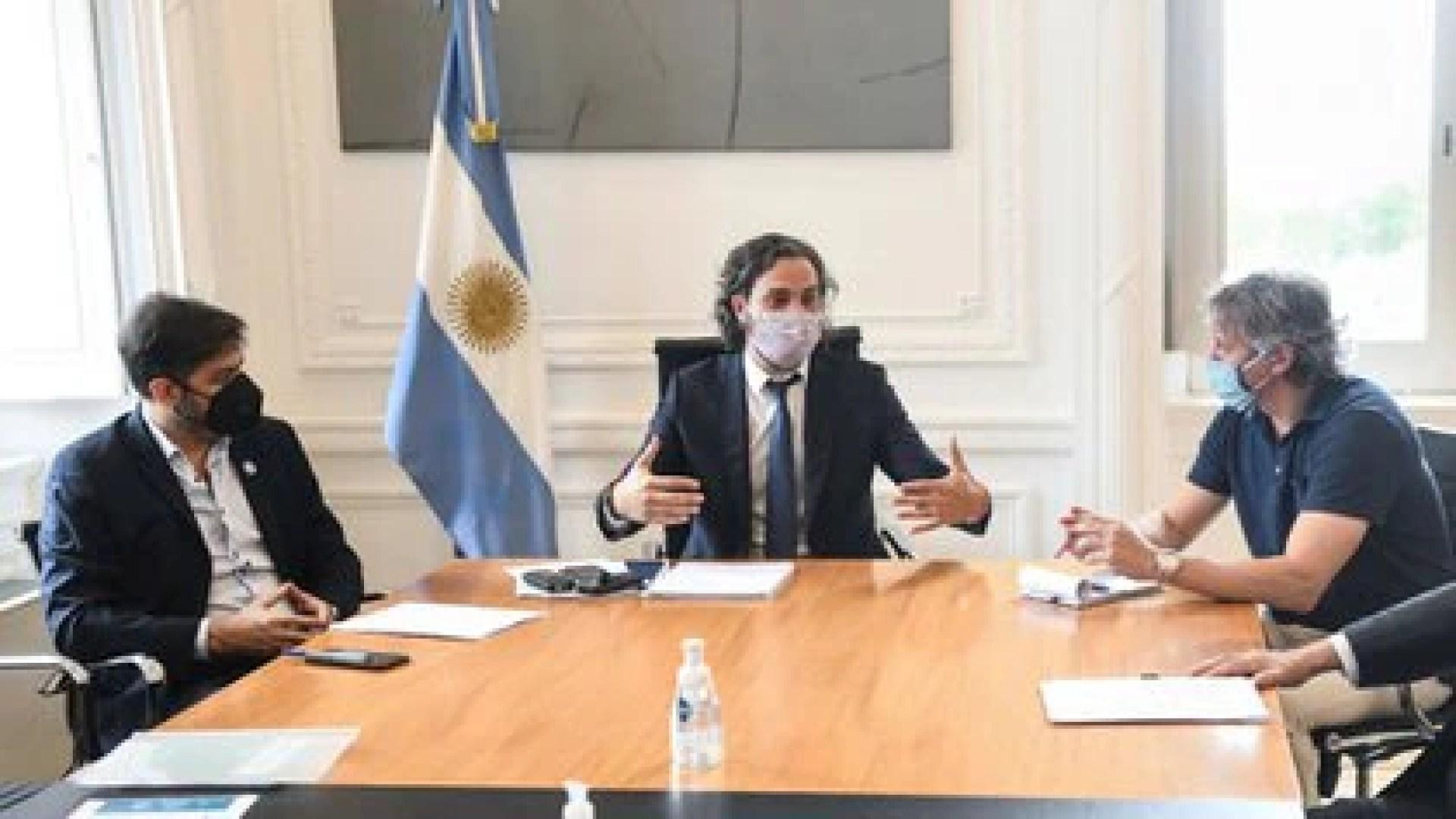 Carlos Bianco, Santiago Cafiero y Felipe Miguel, los tres jefes de Gabinete que negocian las restricciones en la circulación dentro del AMBA