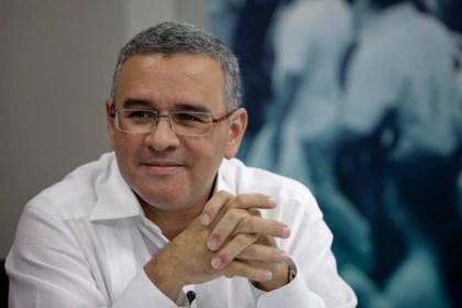 Ex presidente Funes: acusación penal en mi contra fue gestada en embajada USA