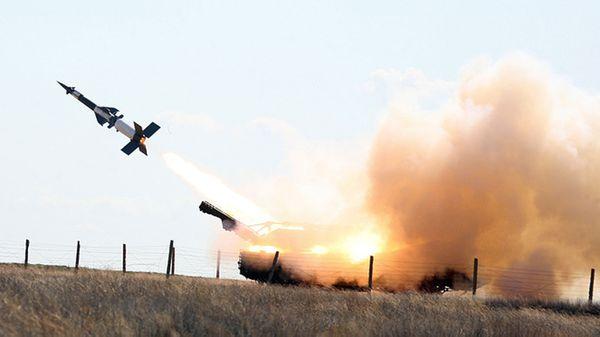 El sistema mixto de misiles de corto alcance y cañones de 30 mm Pantsir-S1 (TASS)