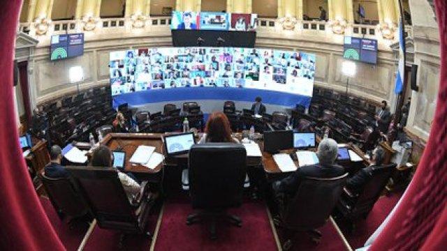 Cristina Fernández en el recinto de la Cámara de Senadores