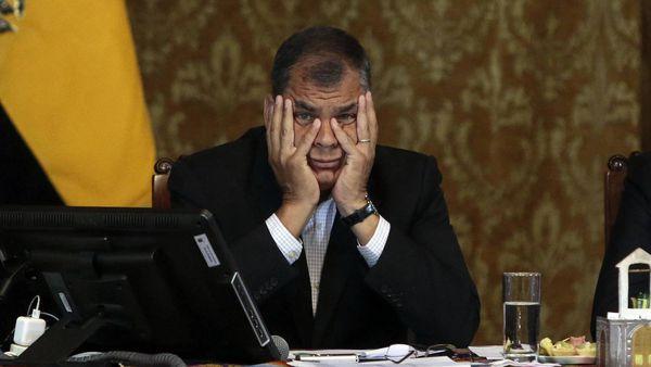 Rafael Correa, ante la incertidumbre de su futuro político tras dejar el poder (AFP)