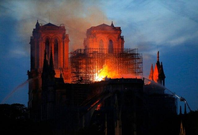 Notre Dame, la emblemática catedral parisina(AP Photo/Michel Euler)