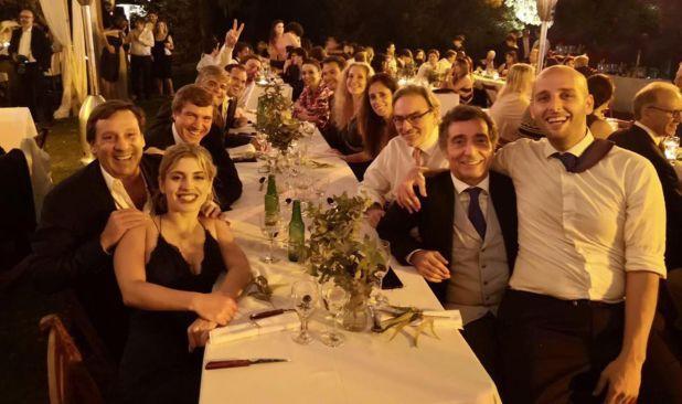 Fotos del casamiento de la hija de Rodriguez Simon, al que asistió Carlos Rosenkrantz