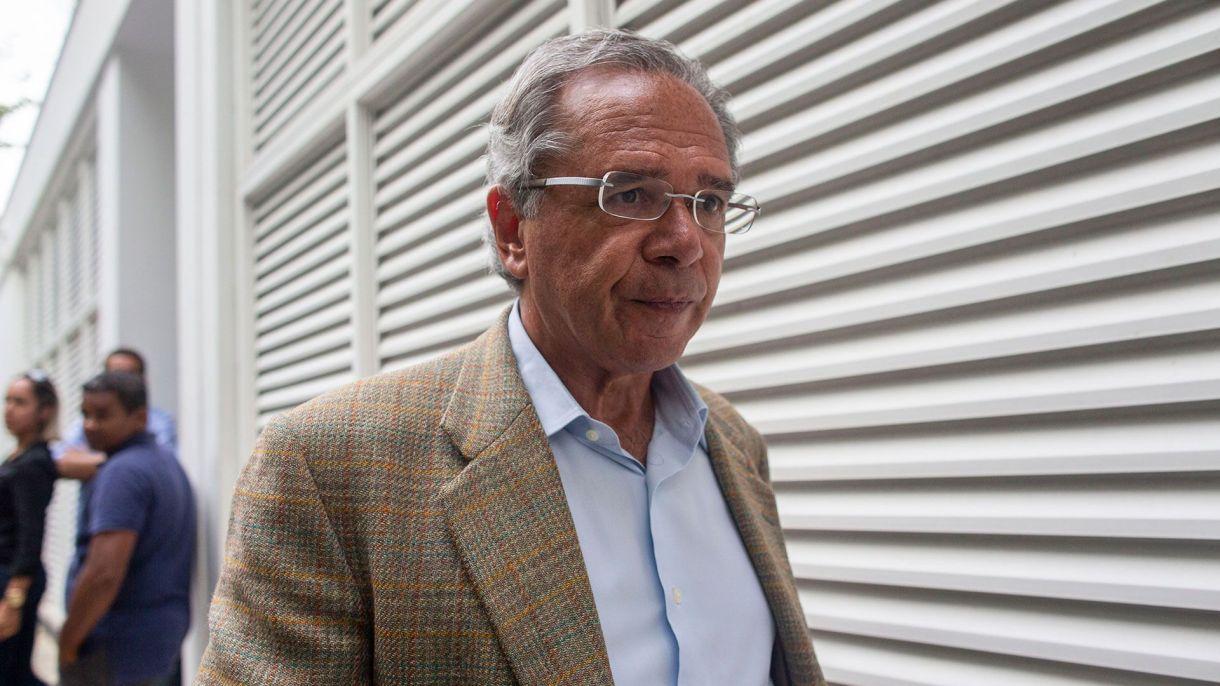 Paulo Guedes, ministro de Economía de Brasil (AP)