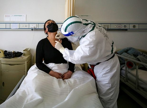 Un creciente número de pacientes están reinfectándose tras curarse ...