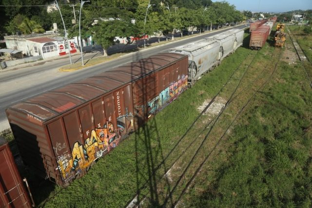 El Tren Maya atravesará solamente carreteras locales y federales (Foto: Martín Zetina/ Cuartoscuro)