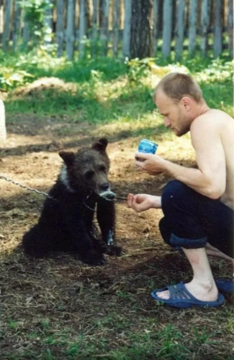 Grigoriyev había sido visto hace hace algunos días por última vez por una vecina que compartió un té con él.