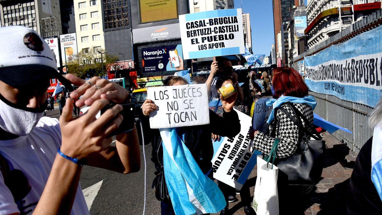 19S - Marcha - Banderazo en contra del gobierno - Obelisco