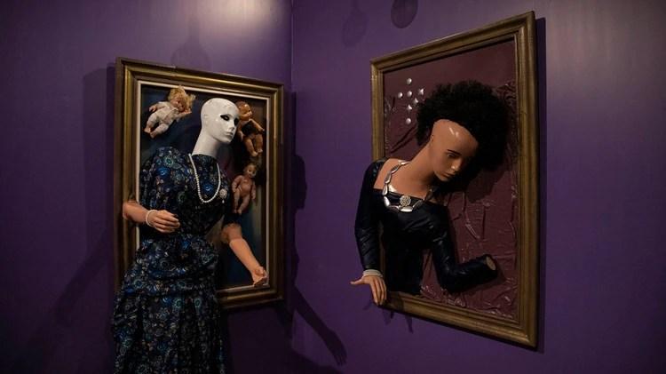 """A lo largo de todo el recorrido se reviven diferentes escenas, objetos e hitos de """"Friends"""": como las obras de arte de """"Phoebe"""""""