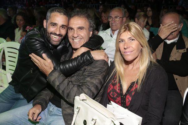El Pollo Álvarez, junto a Oscar Ruggieri y su mujer