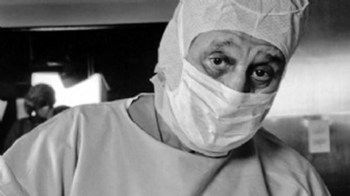 Favaloro fue médico rural y luego viajó a EE.UU. a especializarse en cirugías del corazón