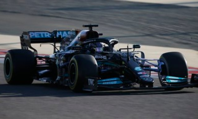Mercedes W12 (REUTERS/Hamad I Mohammed).