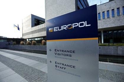 México y Europol firman acuerdo para combatir la delincuencia ...