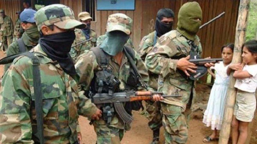 Como el narcotráficoy la guerrilla, los paramilitares son hijos en el tejido de la historia colombiana.